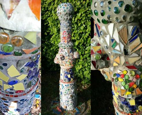 Säule aus Mosaik